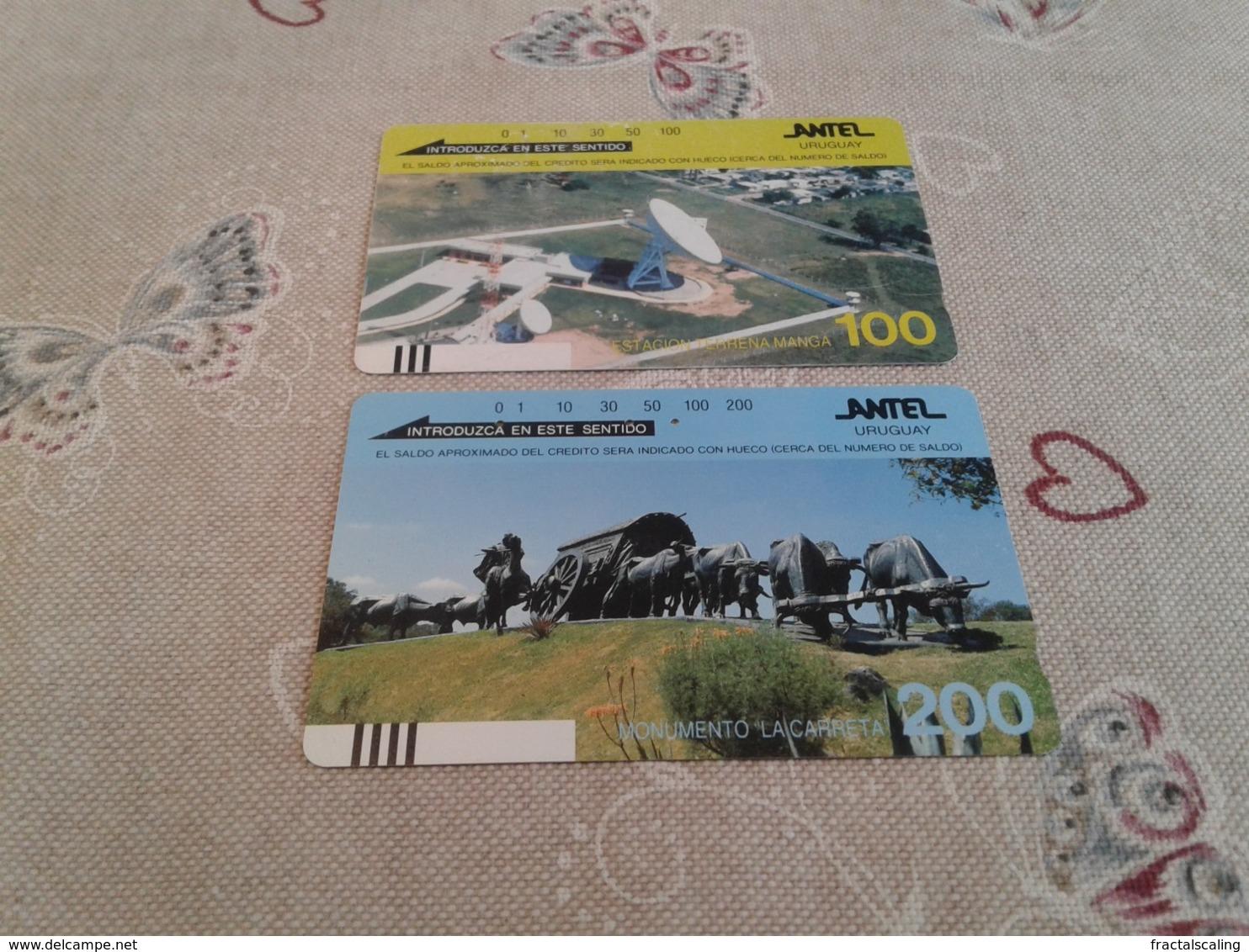 Uruguay - 2 Nice Phonecards - Uruguay