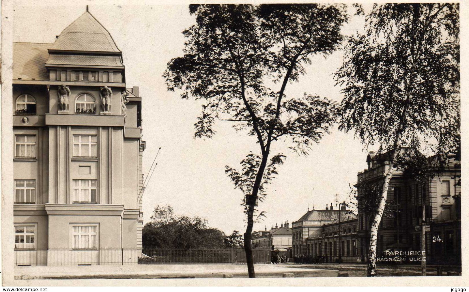 CZECH REPUBLIC  PARDUBICE NADRAZNI ULICE  1925 - Tchéquie