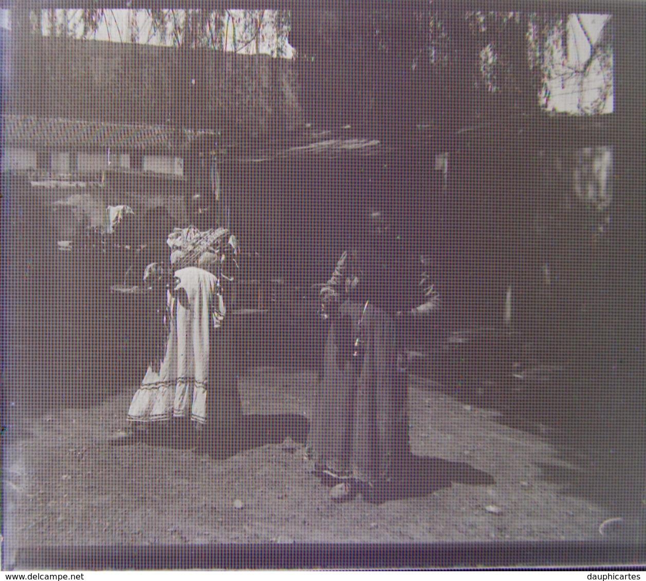 GRANADA, 1904. Gitanas. Plaque De Verre Stéréoscopique. Négatif. Andalousie. Grenade. Gitans, Gitanes. Lire Descriptif. - Diapositiva Su Vetro