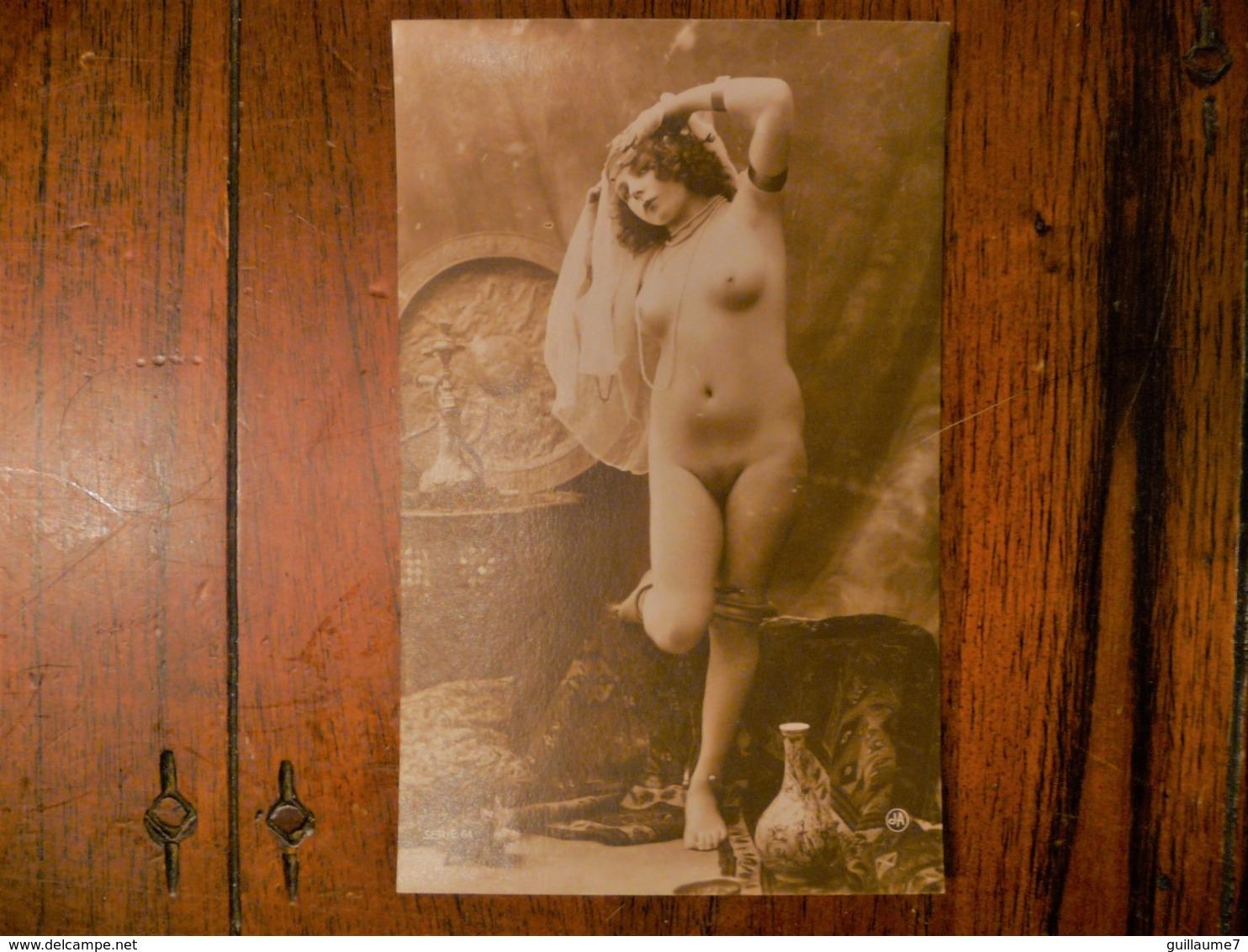 CPA - Femme Nue Danseuse Décor Oriental / Nude Erotic Lady - érotique - Série 61 - édition J A - Rare - Nus Adultes (< 1960)