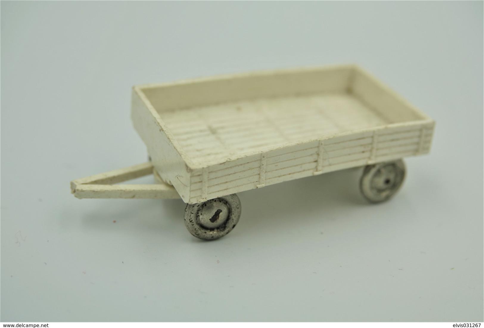 LEGO - 1:87HO Scale, Bedford Flatbed Trailer For Parts/repair - Original Lego 1955 - 1958  - Vintage - Car - Catalogs