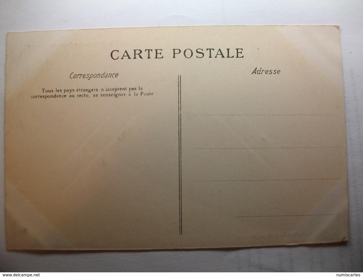 Carte Postale Blain (44) La Ville Et L'Eglise (Petit Format Noir Et Blanc Non Circulée ) - Blain