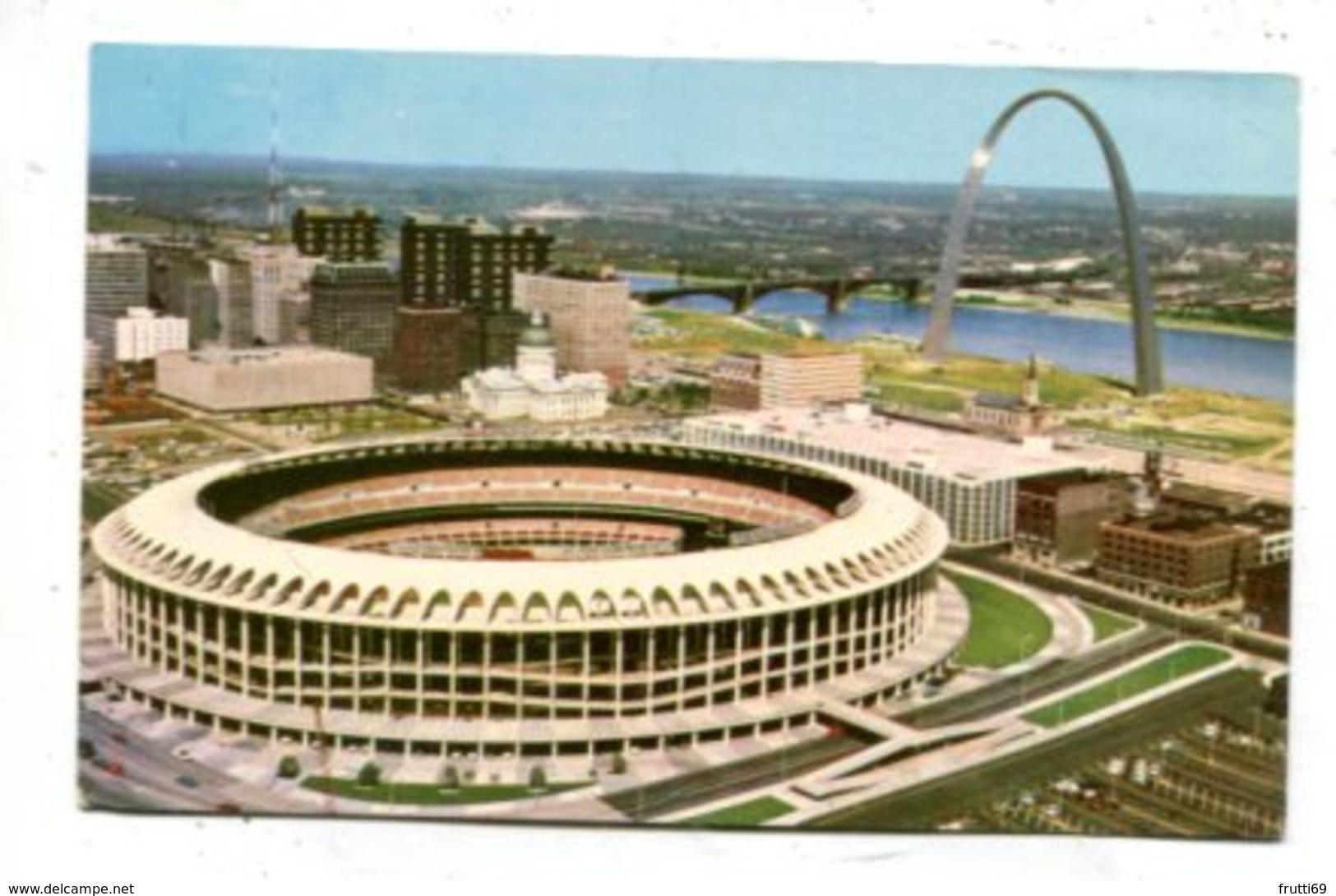 USA - AK 362625 Missouri - St. Louis - Civic Center & Gateway Arch - St Louis – Missouri
