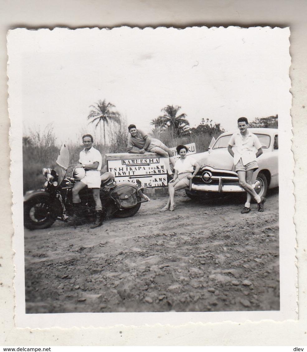 Kamuesha - Oldtimer Et Moto - Animé - Photo 6 X 6.5 Cm - Africa