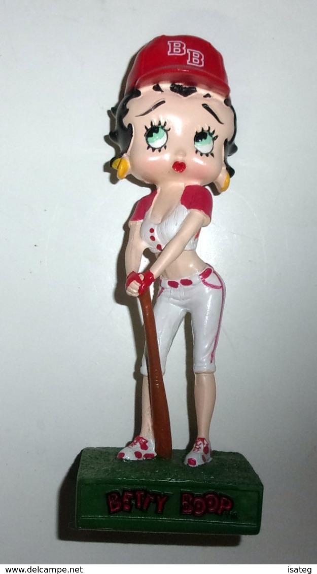 Figurine Betty Boop N°30 : Joueuse De Baseball - Figurines