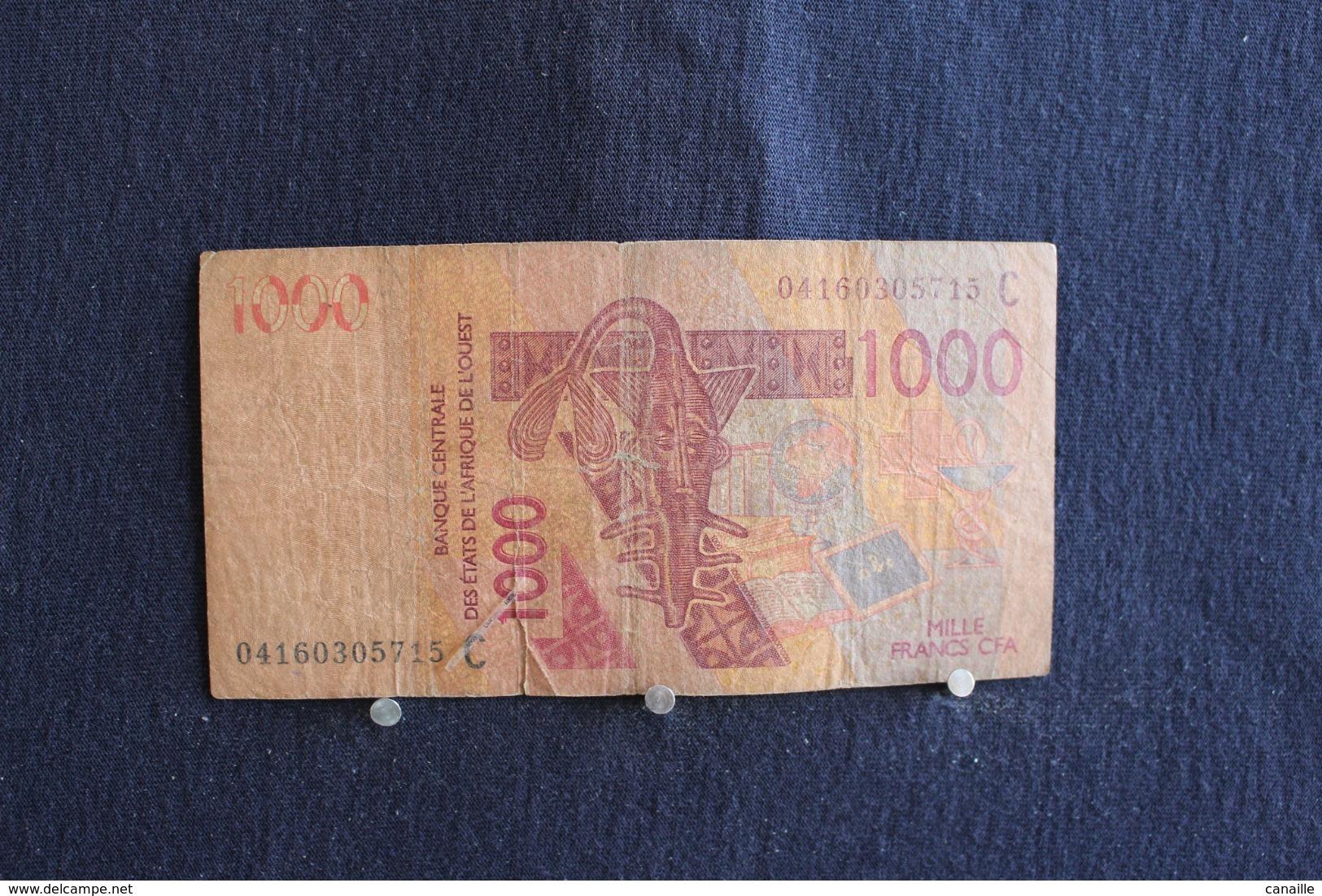 63 / Senegal, 2003 - Banque Centrale Des ètats De L'Afrique De L'ouest. 1000 Francs    /  N° 04160305715 C - Sénégal