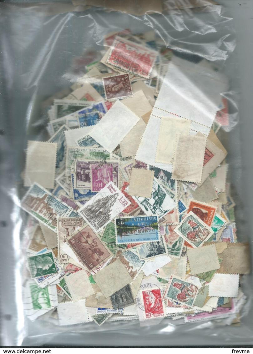 Vrac Timbre France Europe Et Etranger Non Trié 1.385kg - Briefmarken