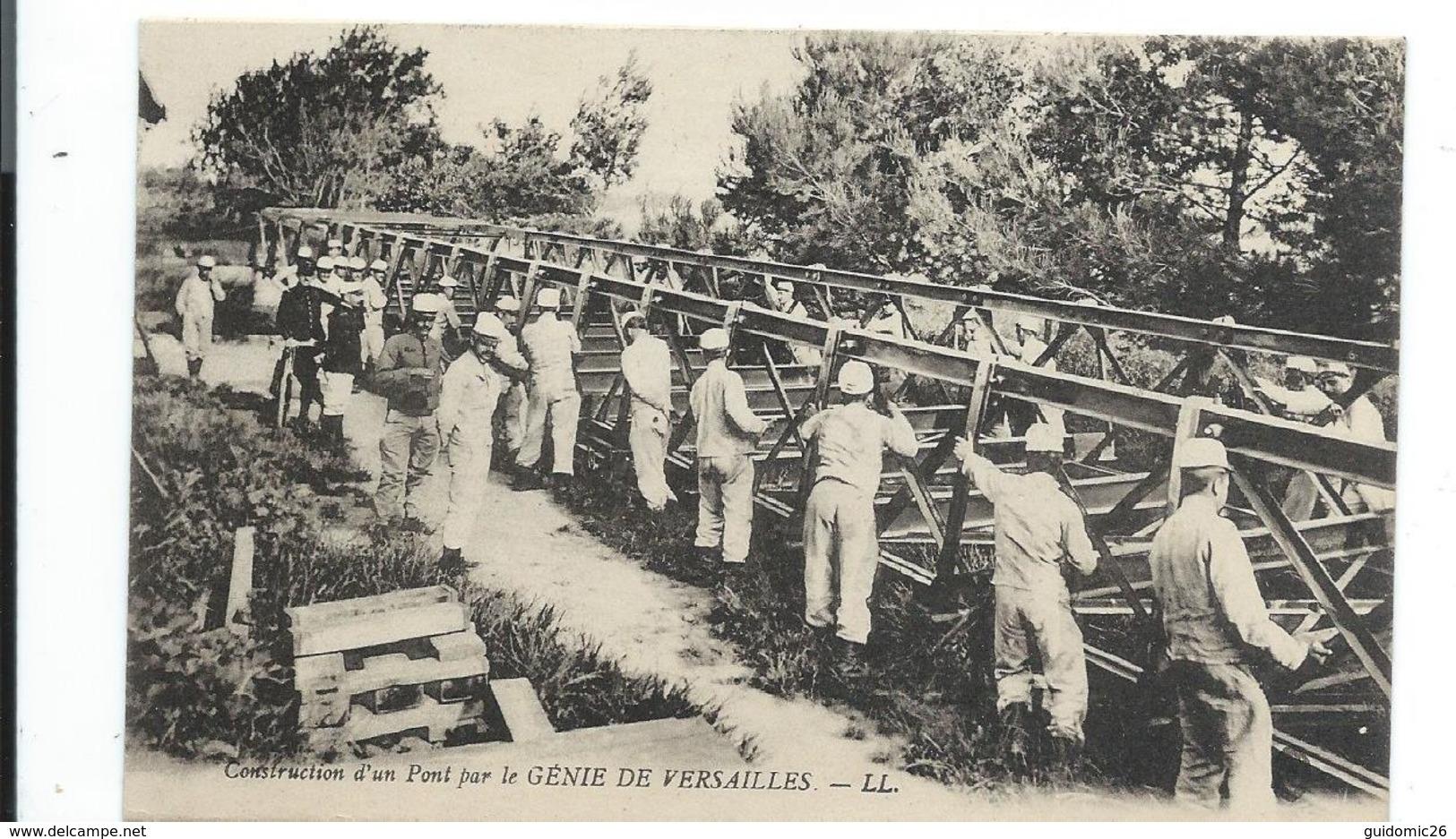 Militaria Construction D'un Pont Par Le Genie De Versailles - Versailles