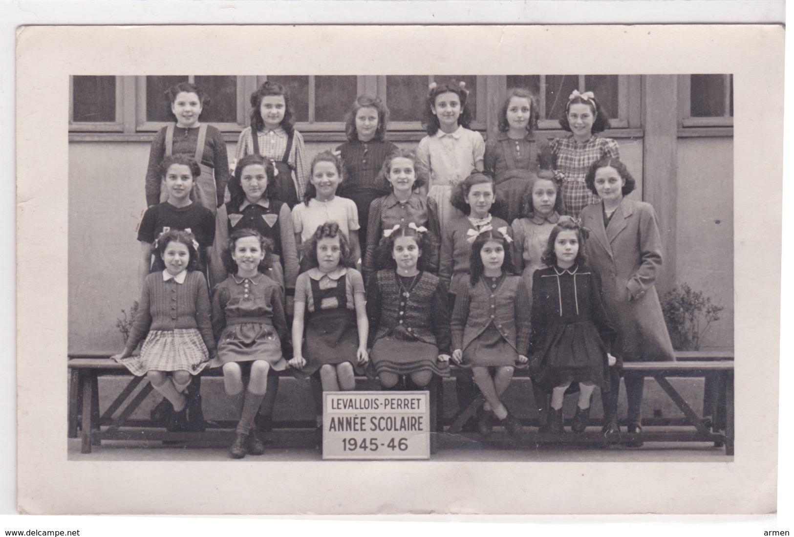 92-LEVALLOIS PERRET PHOTO DE CLASSE ÉCOLE PRIMAIRE ANNÉE 1945-46 - Schools