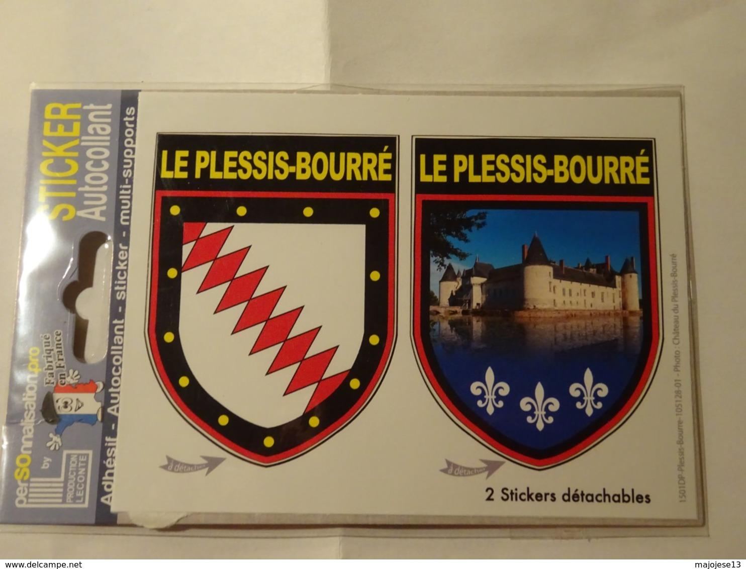 Carte Blason Blasons écusson Adhésif Autocollant Coat Of Arms Le Plessis Bourré (Maine Et Loire) - Obj. 'Souvenir De'
