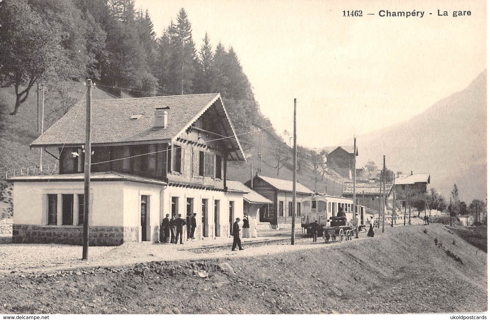 CPA  Suisse, CHAMPERY, La Gare - Train At Railway Station - VS Valais