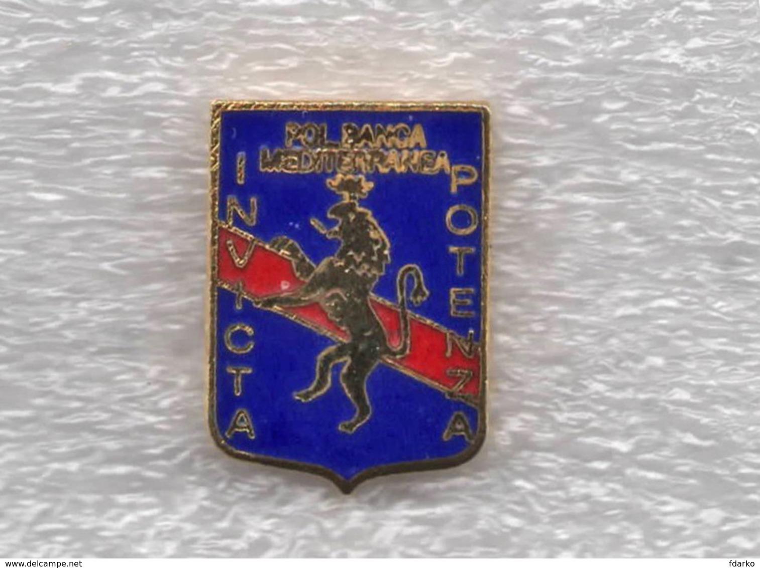 Pol. Banca Mediterranea Invicta Potenza Calcio Rossoblu Distintivi FootBall Soccer Pins Spilla Italy - Calcio