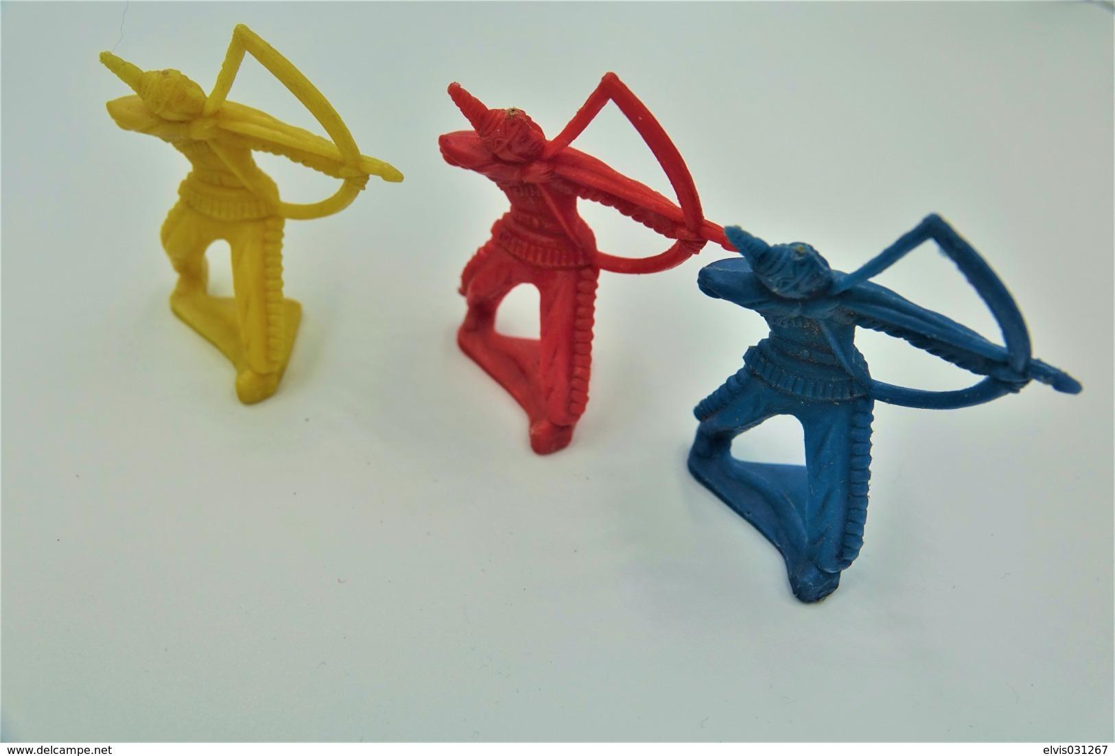 Tiru Wee Tinu Niee, 3 Indians , Made In Germany, Vintage, Lot, Toy Soldiers - Beeldjes