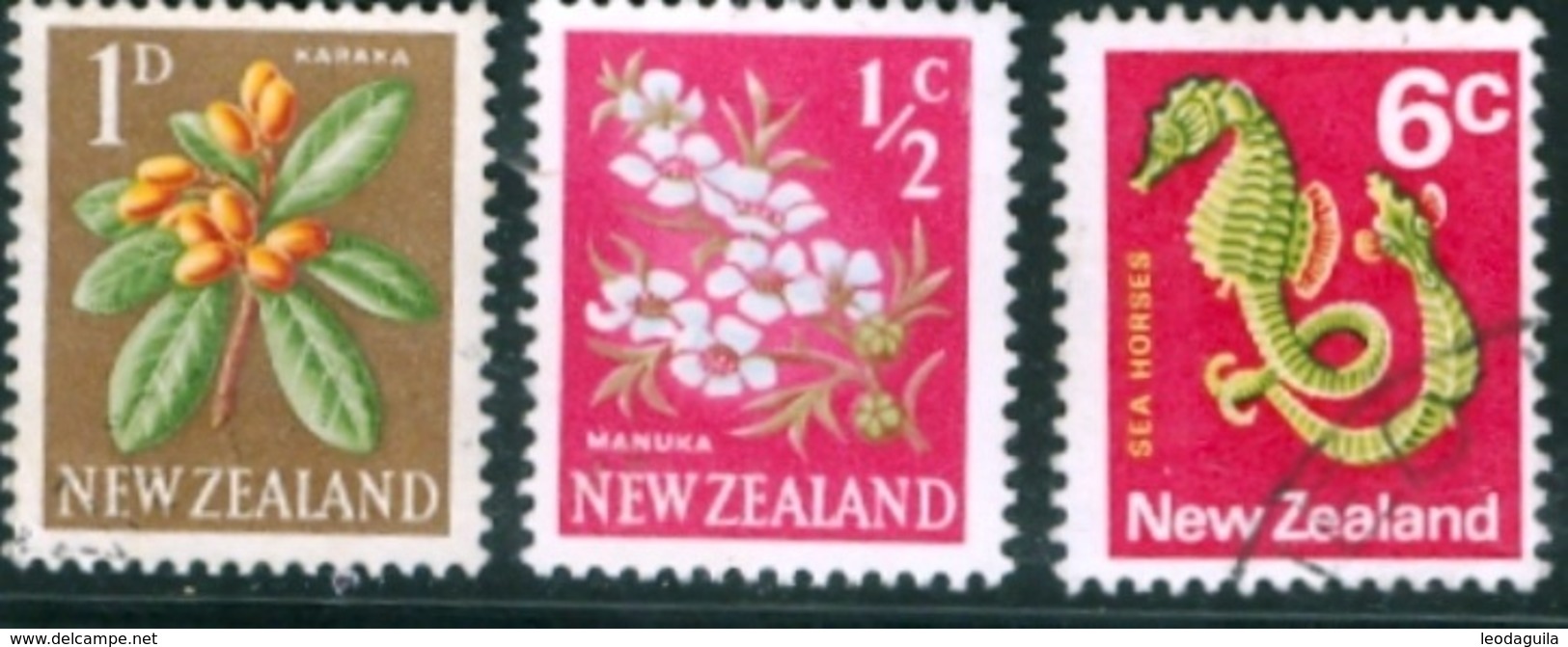NEW ZEALAND #333  -  Regular Issues   1960-1967  -  3 V  USED - New Zealand