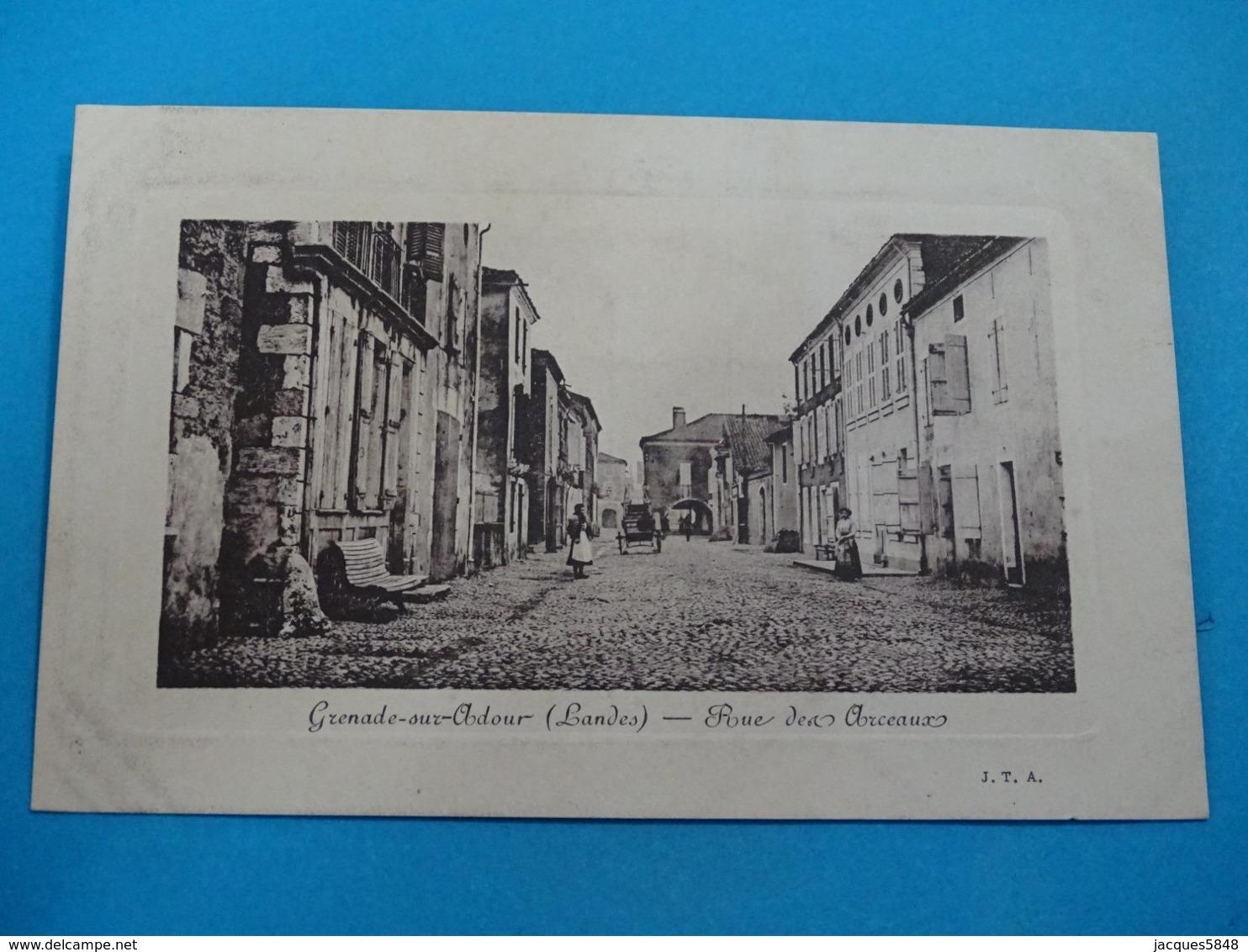 40 ) Grenade-sur-adour - Rue Des Arceaux -   Année  - EDIT - J.T.A - Autres Communes