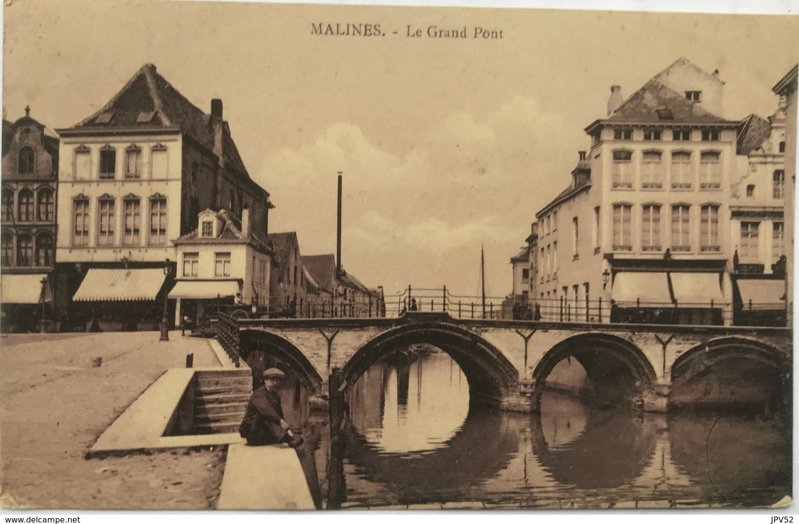 (1365) Mechelen - Malines - Le Grand Pont - Man Met Pet En Snor Zit Langs De Kade - 1912 - Mechelen