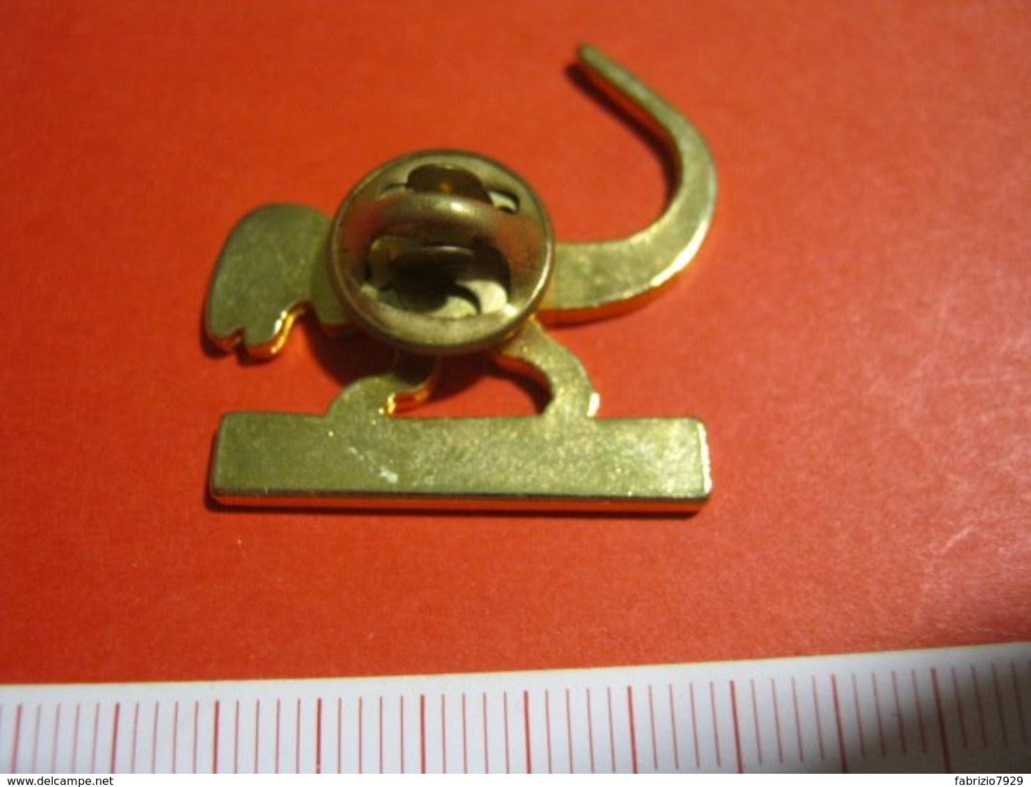 MED.1 PIN'S PIN PINS - ITALIA 1990 DINOSAURO TYRANNOSAURUS REX - Fossili