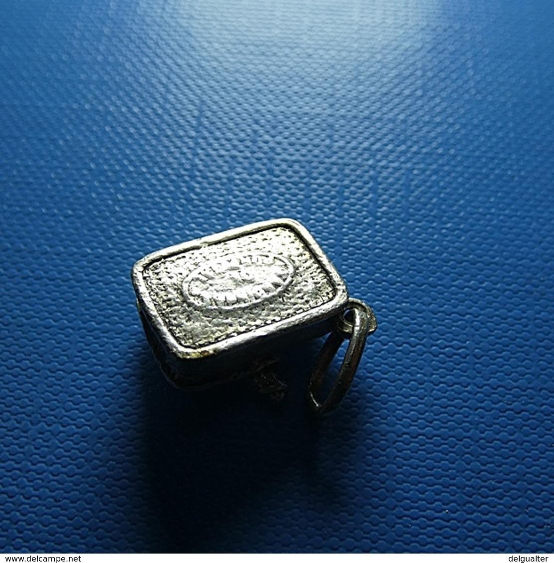 Small Silver Pendant - Anhänger