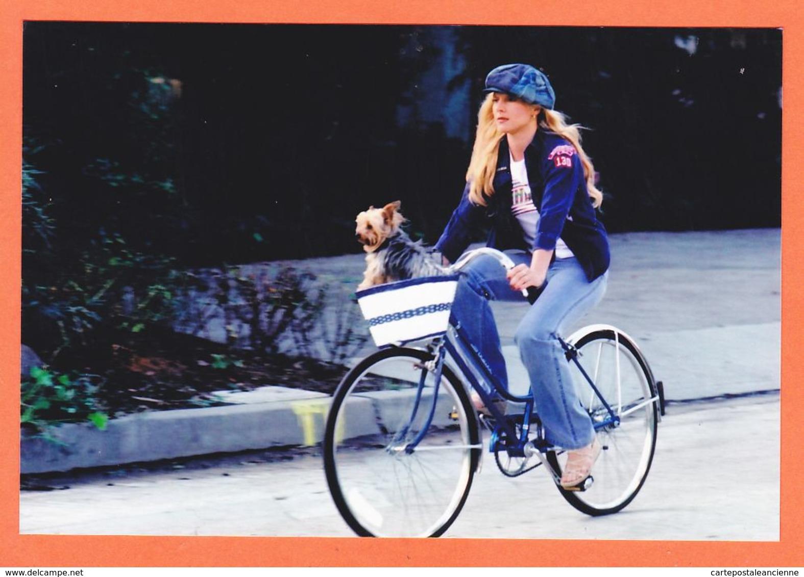 Wes131 SYLVIE VARTAN 1975s Vélo Beret Chien Période Bleue Photographie Sur Papier Fujifilm 15x10cm - Chanteurs & Musiciens