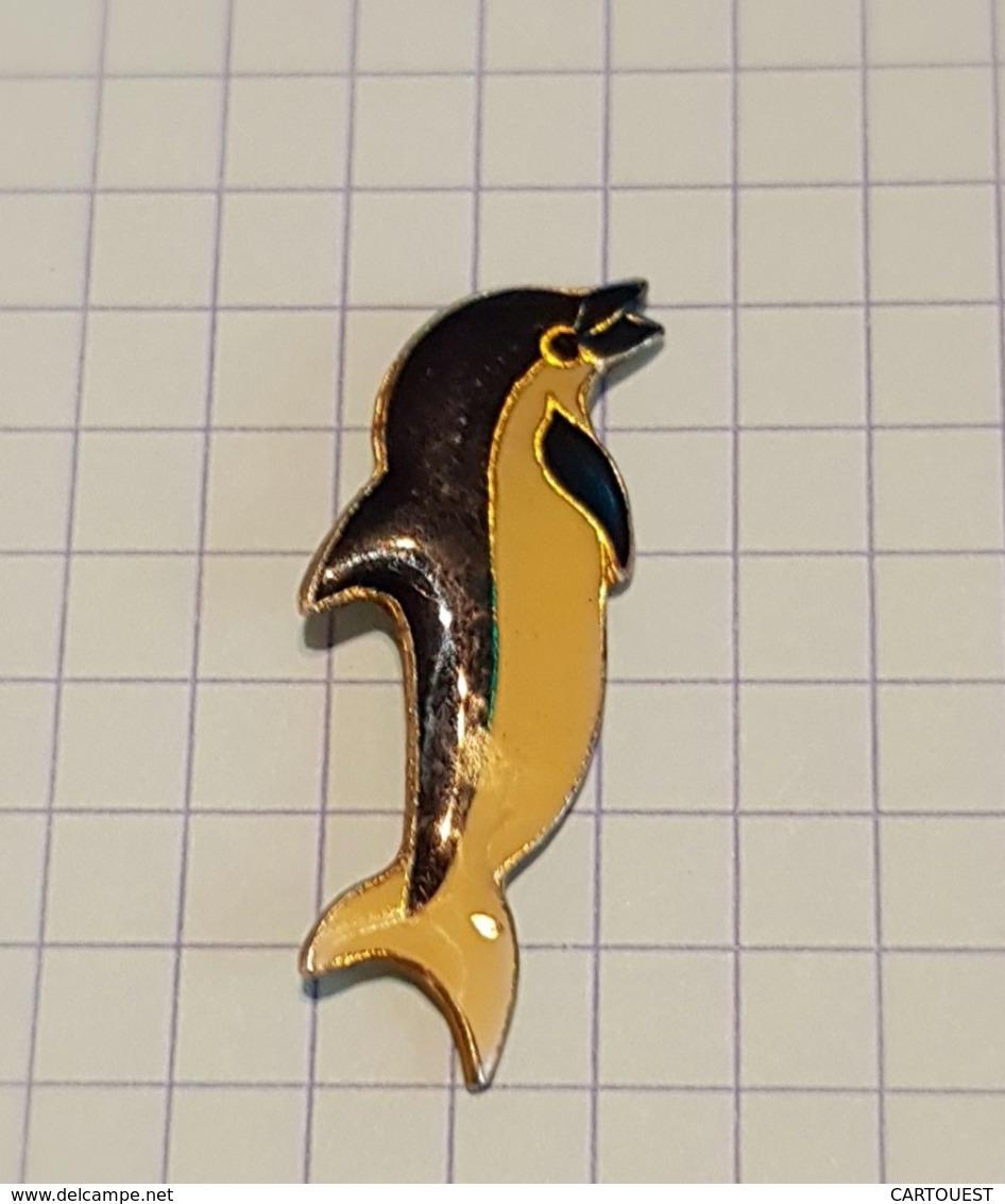 ☺♦♦ Pin's Pins / THÈME ANIMAUX ֎ Rare Et De Belle Qualité ֎  DAUPHIN - Animales