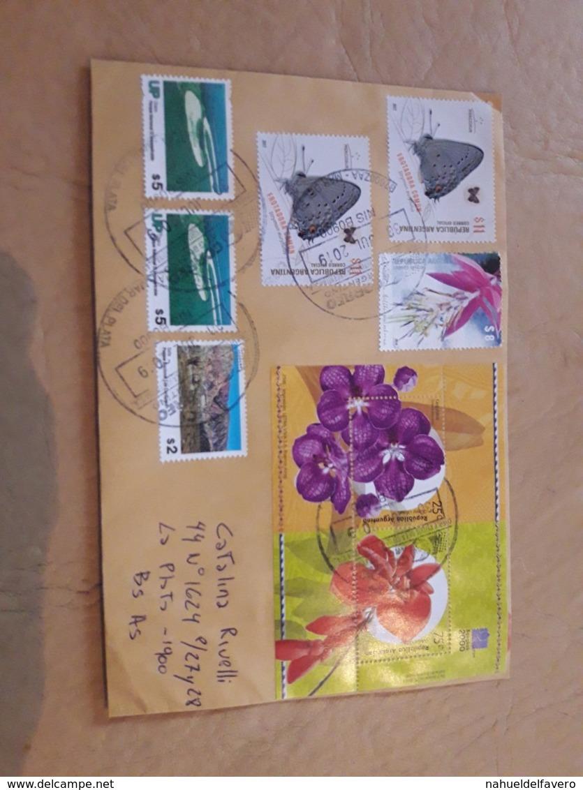 Enveloppe Argentine Distribuée Avec Timbres Papillons Et Fleurs - Argentina