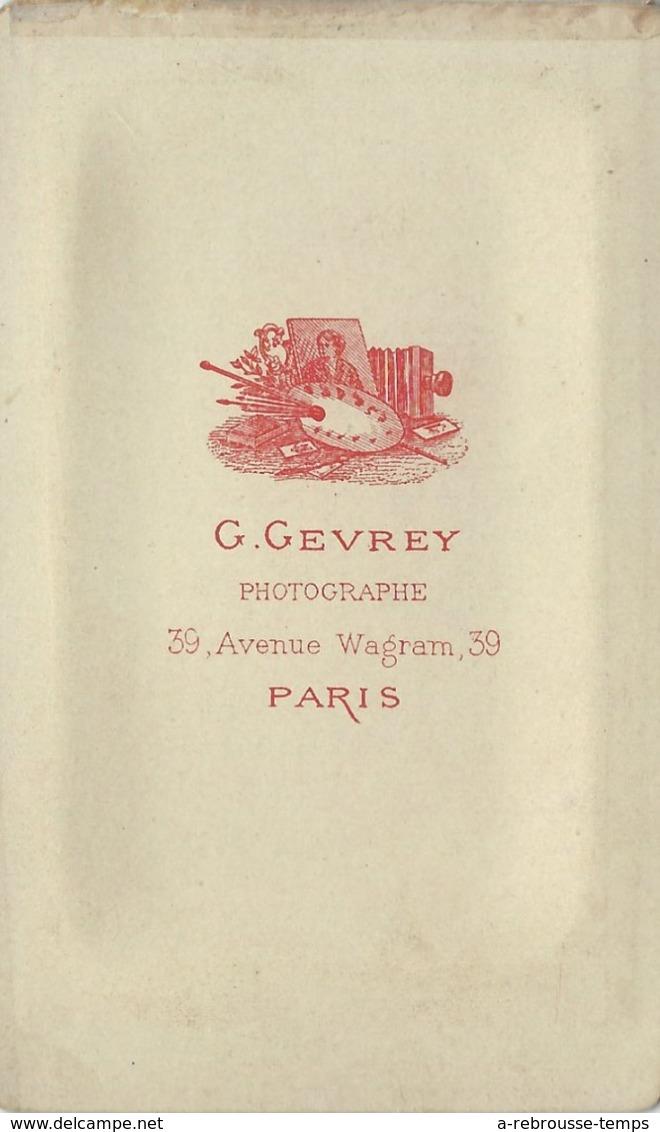 CDV  Jeune Garçon, Décor Montagne-photo Gevrey à Paris - Photographs