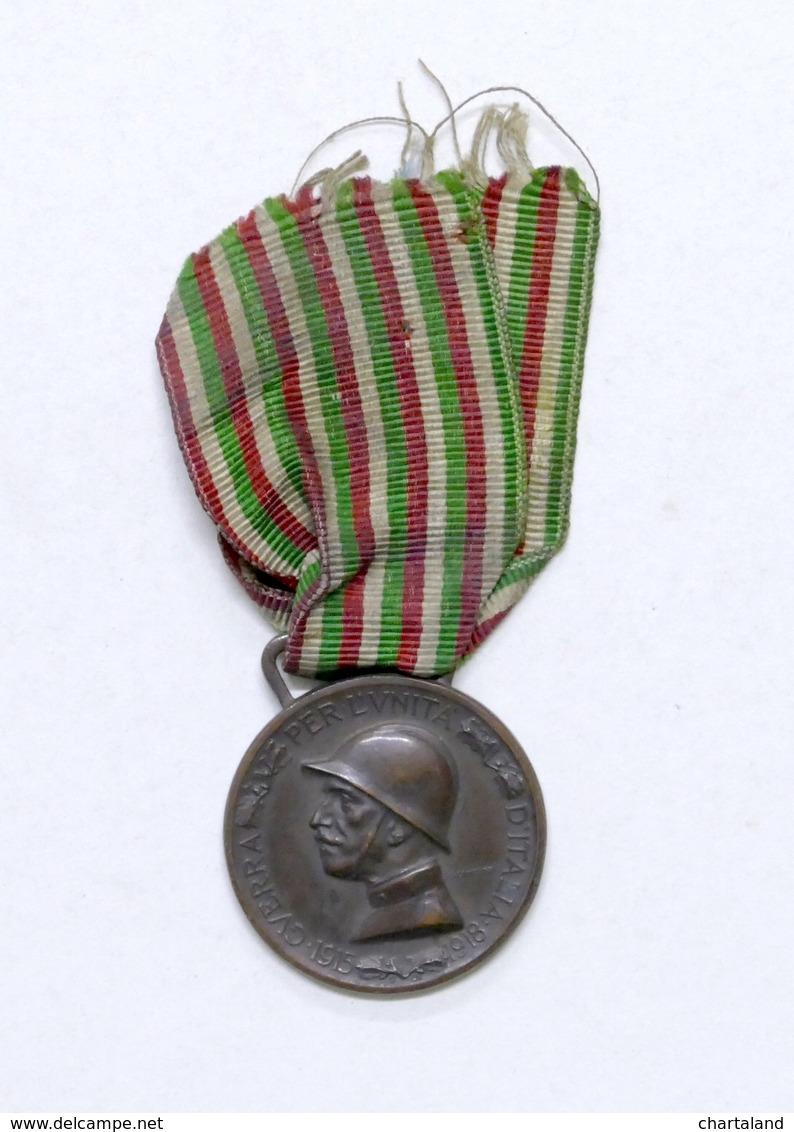 Militaria WWI - Decreto E Due Medaglie A Ricordo Della Guerra 1915 - 1918 - 1921 - Gettoni E Medaglie