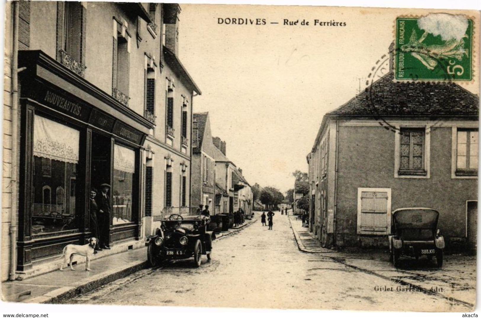 CPA DORDIVES - Rue De FERRIERES (271615) - Dordives