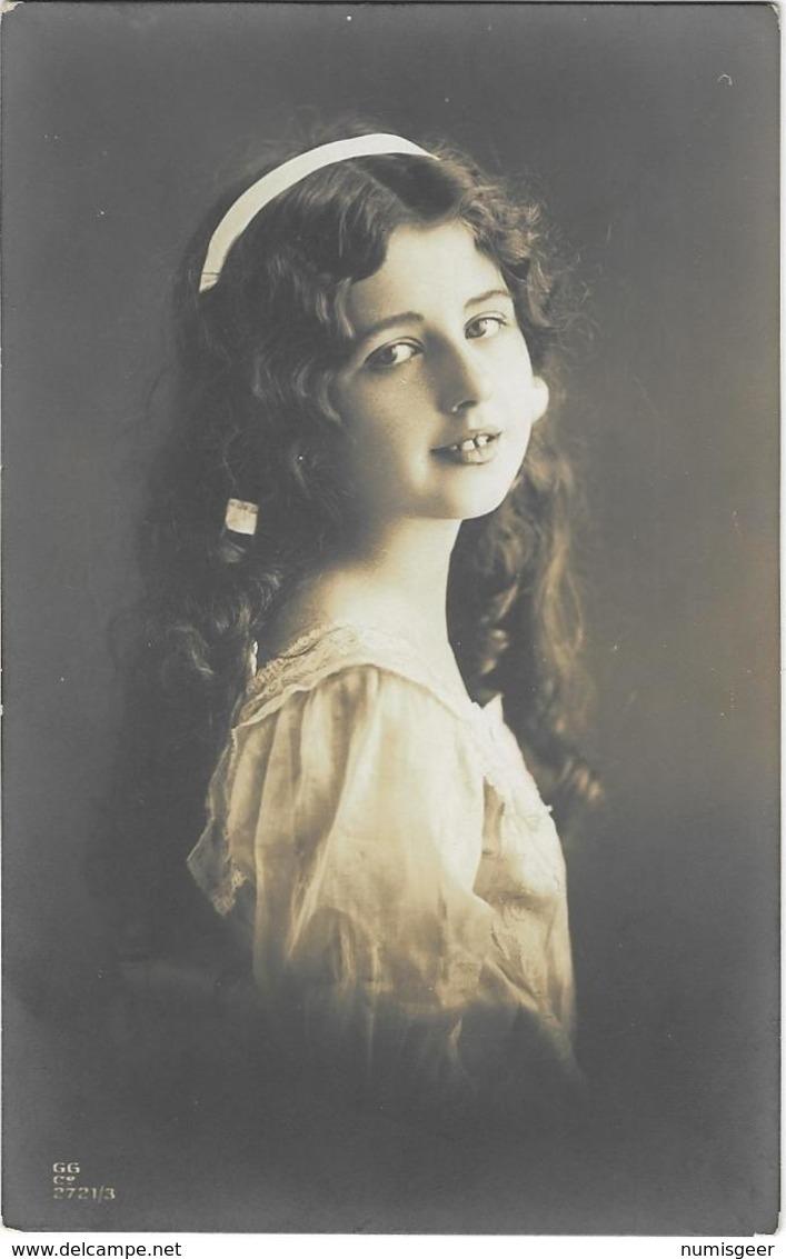 Portrait De Jeune Fille - Abbildungen
