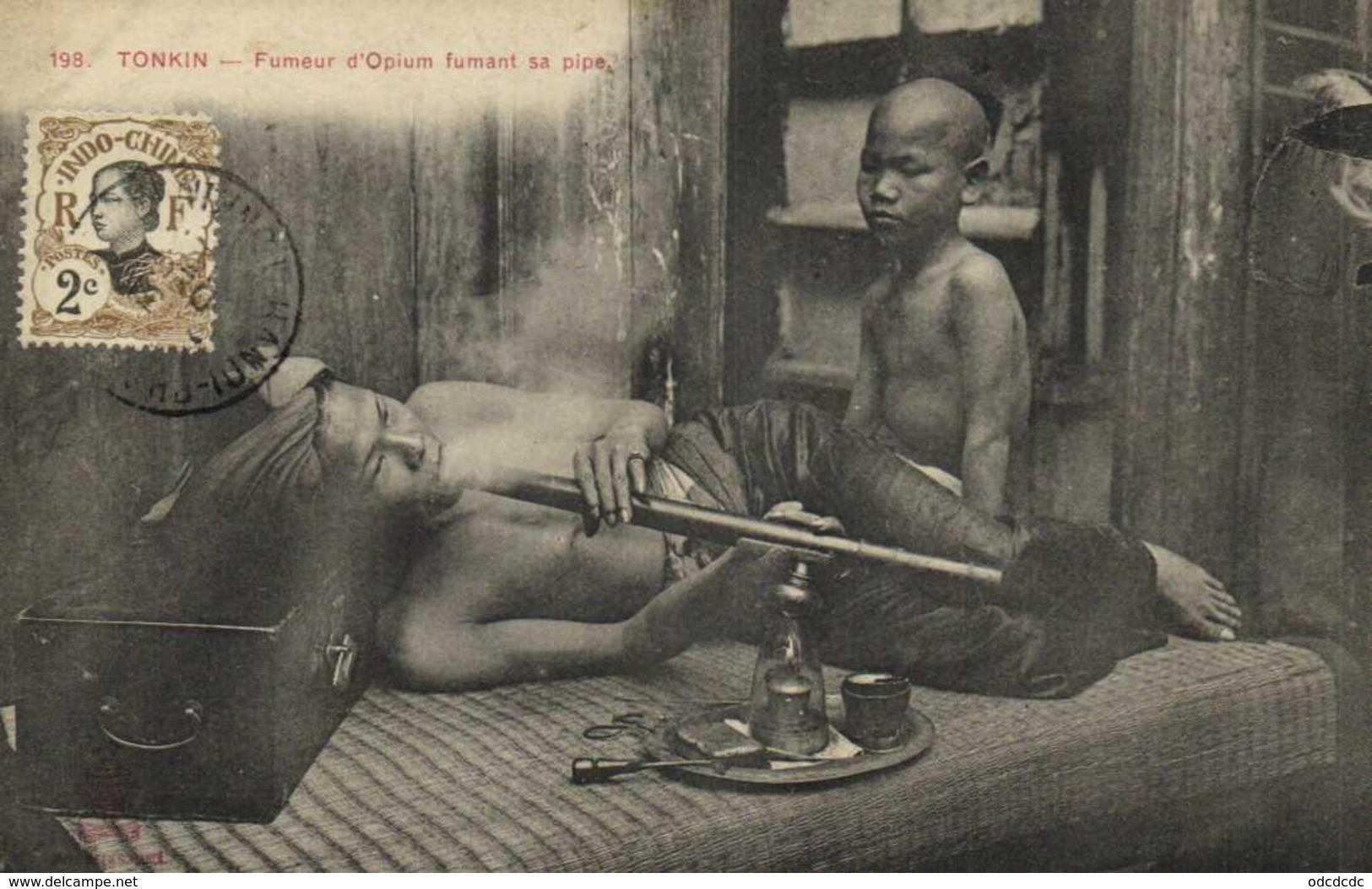 TONKIN  Fumeur D' Opium Fumant Sa Pipe + Beau Timbre 2C Indochine RV - Viêt-Nam