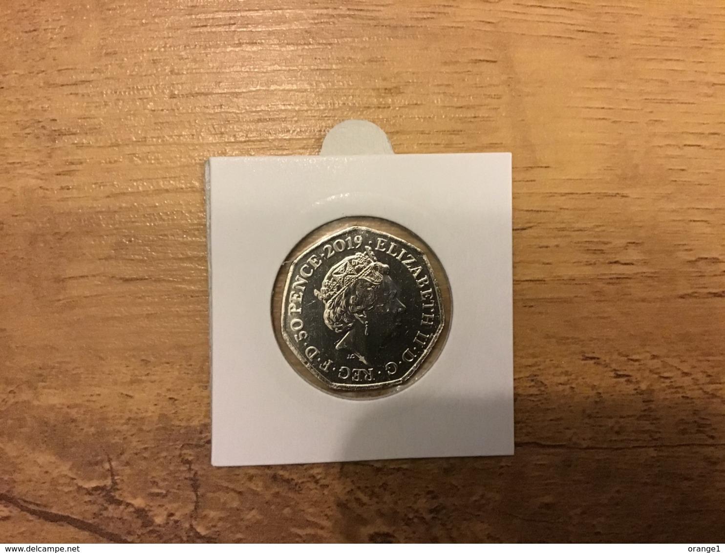 Great Britain 2019 Paddington Bear At St Paul's Cathedral 50p Uncirculated Coin - 50 Pence