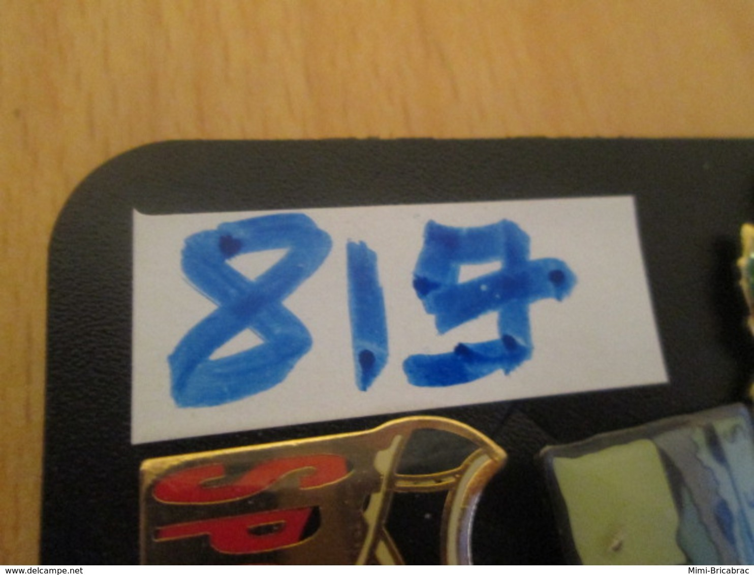 819 Pin's Pins : BEAU ET RARE : Thème BATEAUX / BATEAU HORS BORD - Barcos