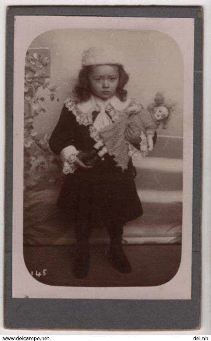 CDV Photo Originale XIXème Petite Fille Et Sa Poupée Doll Cdv2832 - Fotos