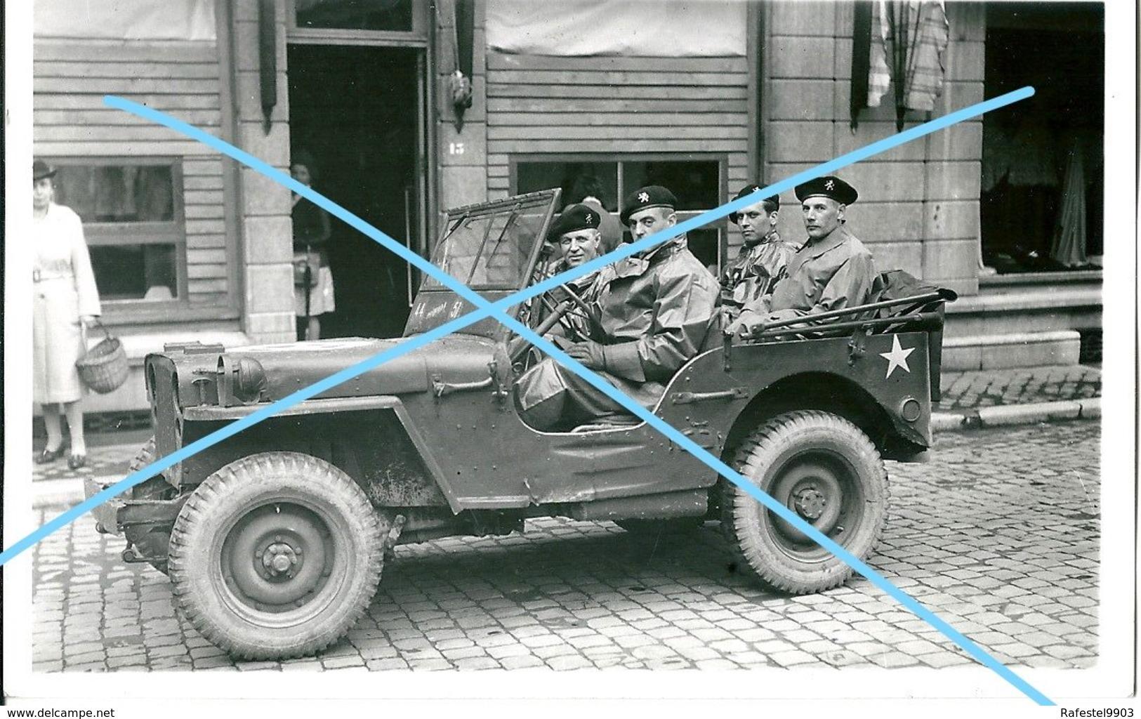 Photo ABL 1945 JEEP Major Balestrie JEEP Willy's Cavalerie Armée Belge Belgische Leger Militaria - Guerre, Militaire