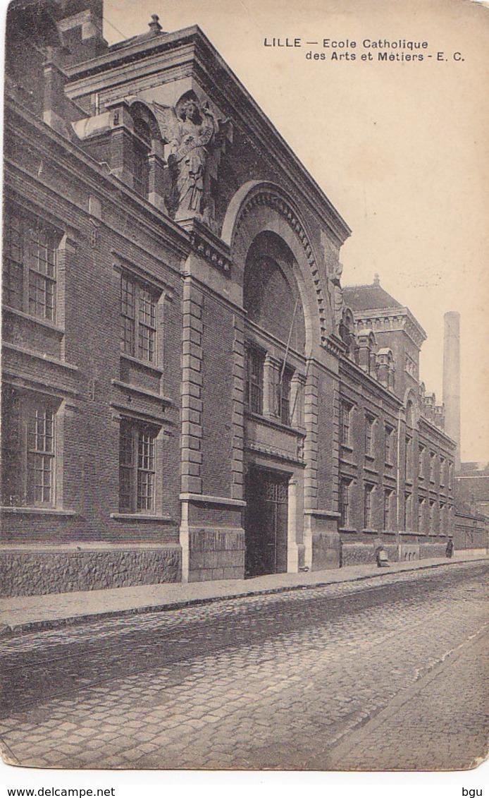 Lille (59) - Ecole Catholique Des Arts Et Métiers - Lille