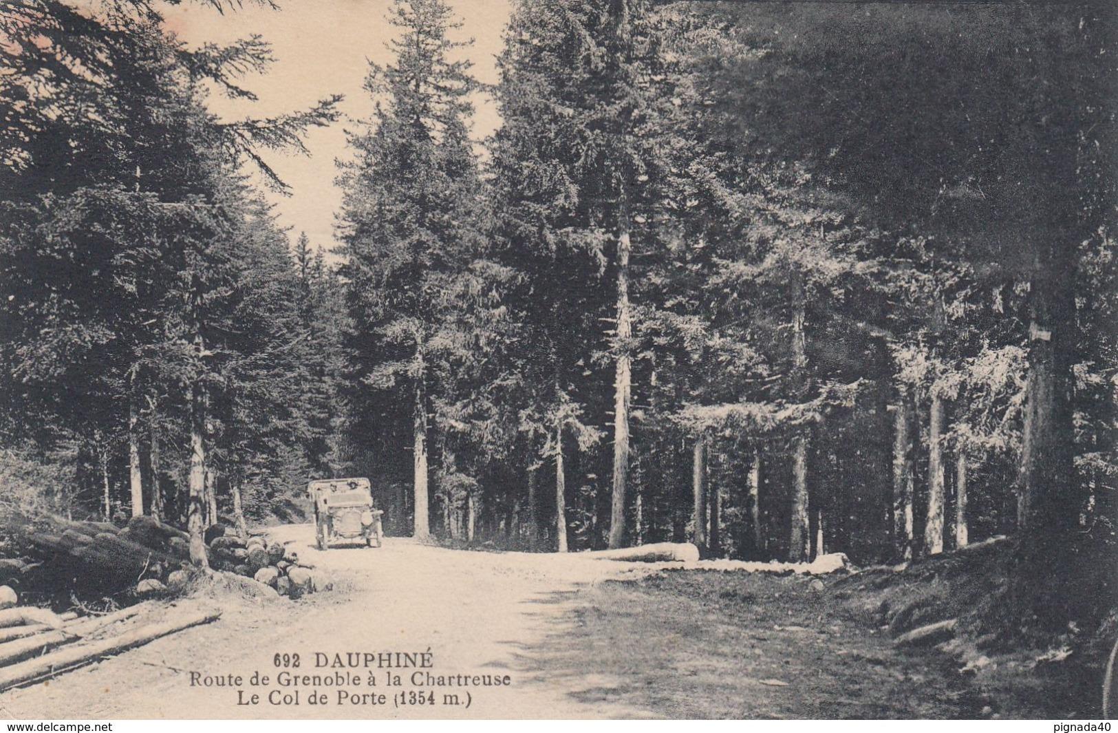 Cp , 38 , DAUPHINÉ , Route De Grenoble à La Chartreuse, Le Col De Porte (1354 M.) - Otros Municipios