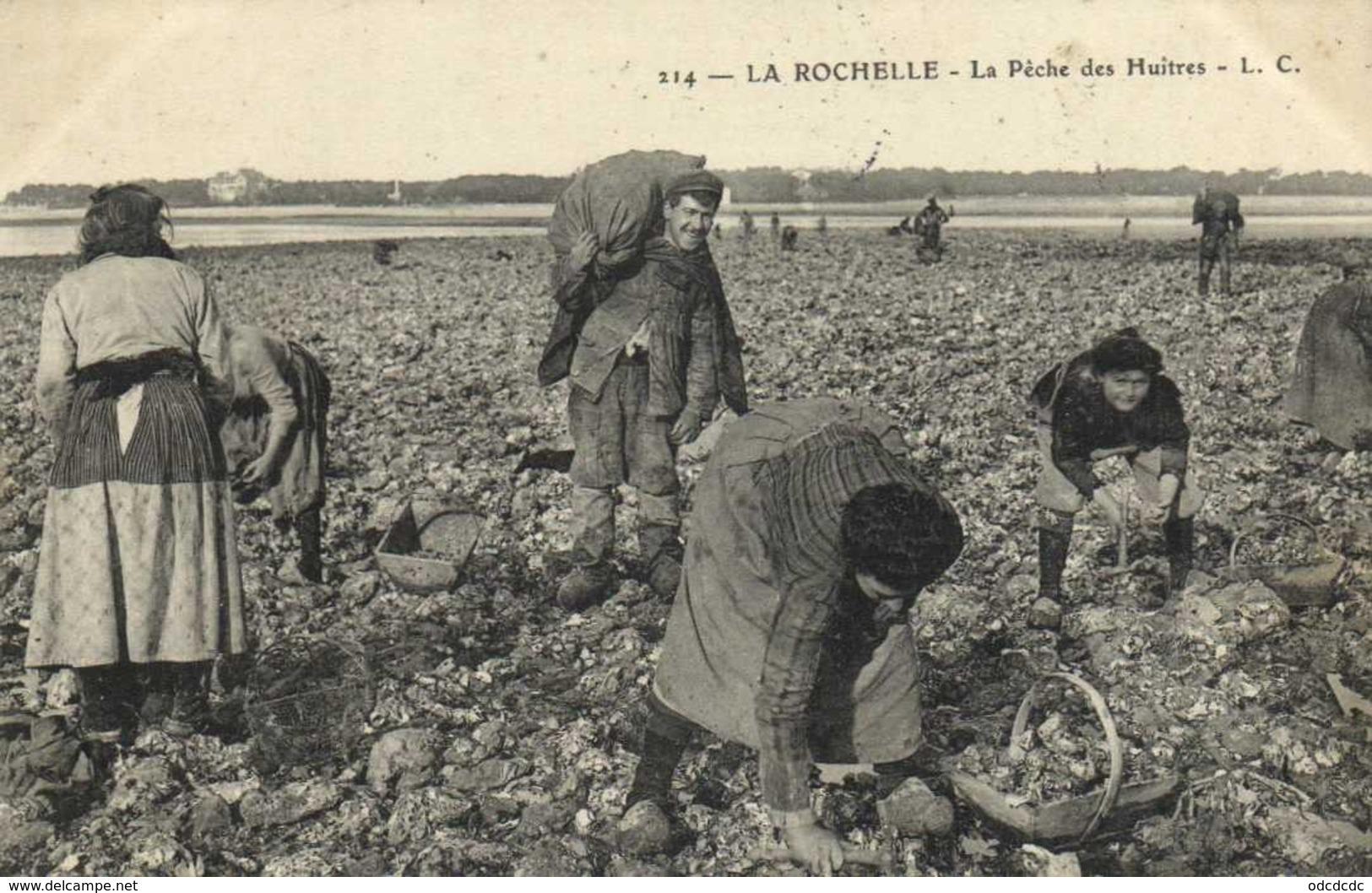 LA ROCHELLE La Peche Des Huitres RV - La Rochelle