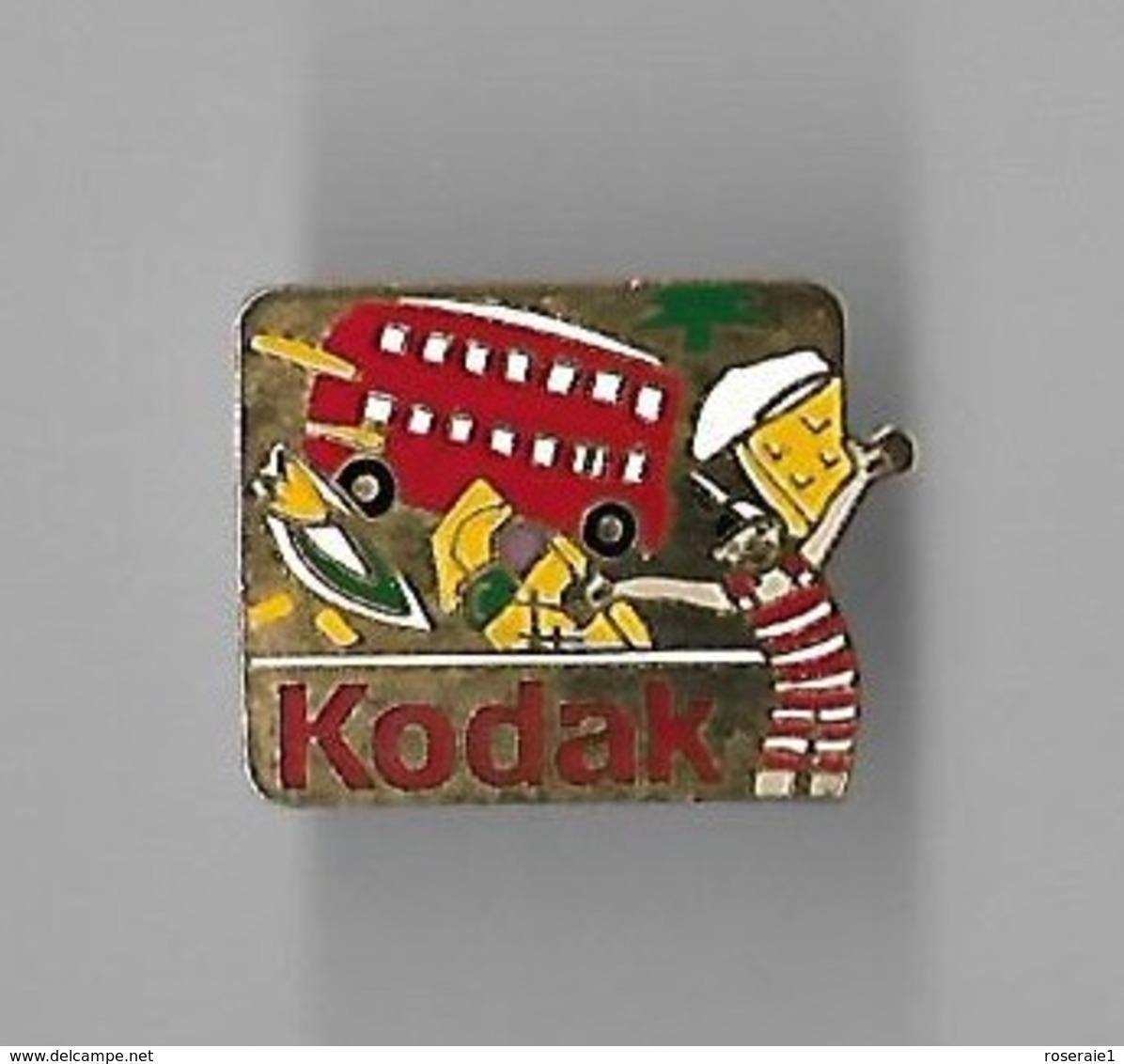 Pin's KODAK, LE BUS, GRANDE BRETAGNE - Fotografie