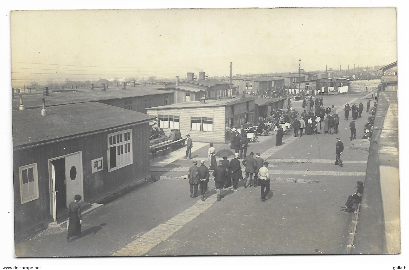 HOLZMINDEN-CARTE PHOTO Camp D'Internement-Vue Du Camp, Bar-Café...1917  Animé - Holzminden