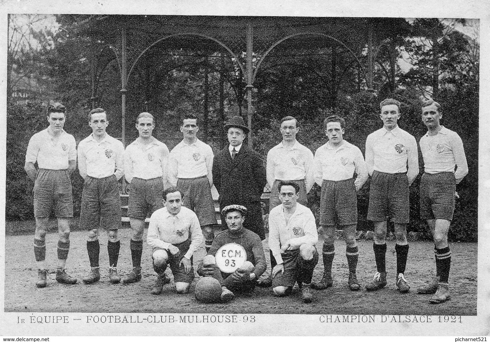 CPSM, Photo De L'équipe Du Football Club De Mulhouse, Championne D'Alsace 1921. Stade De Bourtzwiller. - Mulhouse