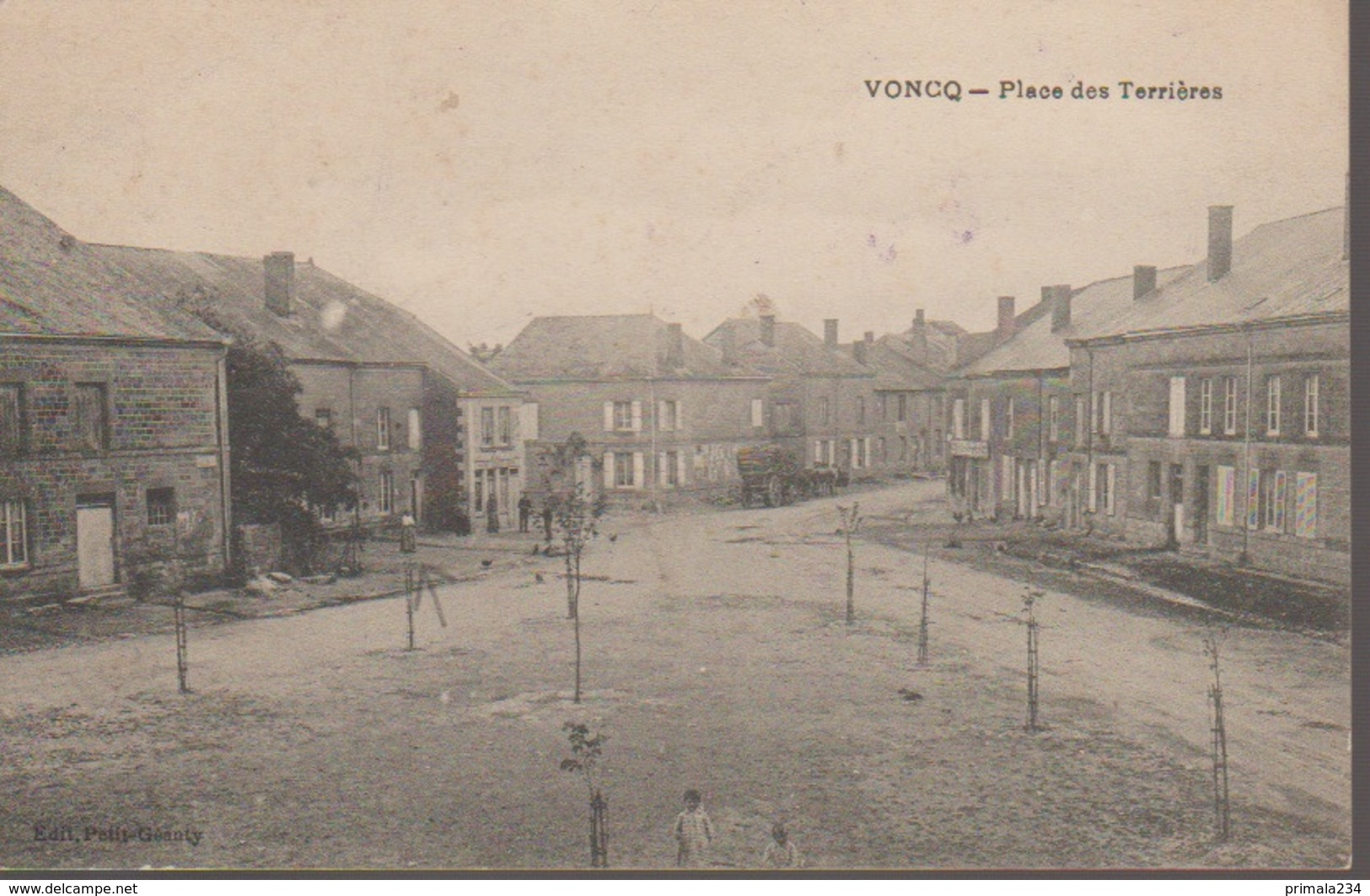 VONCQ - PLACE DES TERRIERES - Frankreich