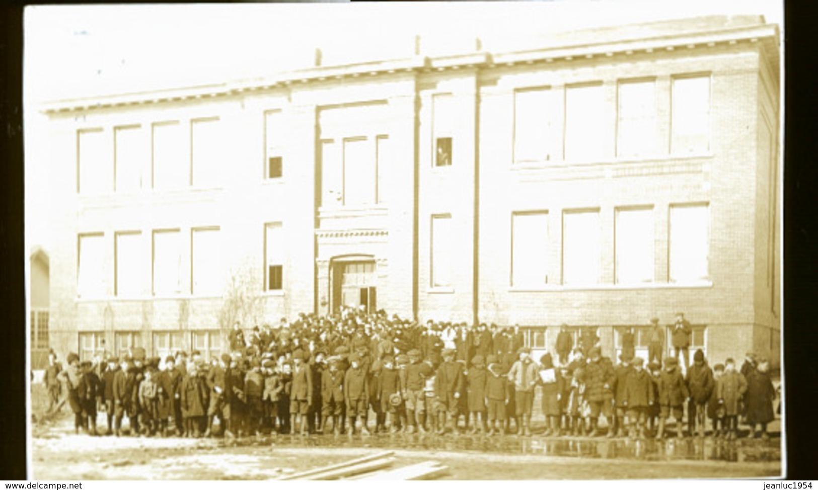 CANADA SHAUNAVON  EN 1922    PHOTO CARTE ECOLE - Saskatchewan