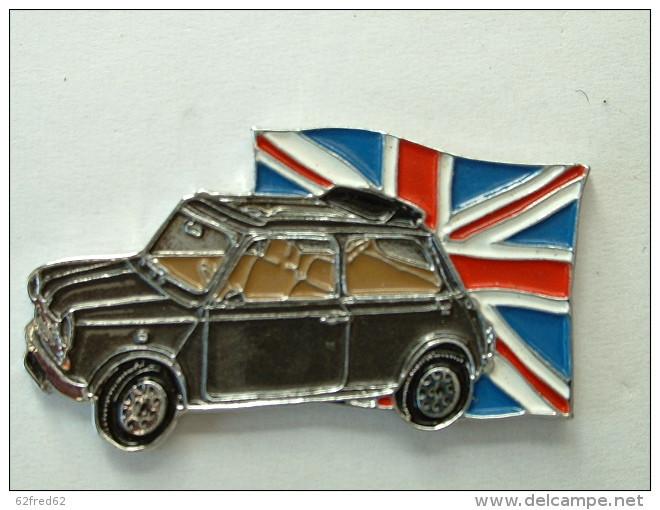 Pin's MINI BRITISH OPEN - NOIRE - Badges