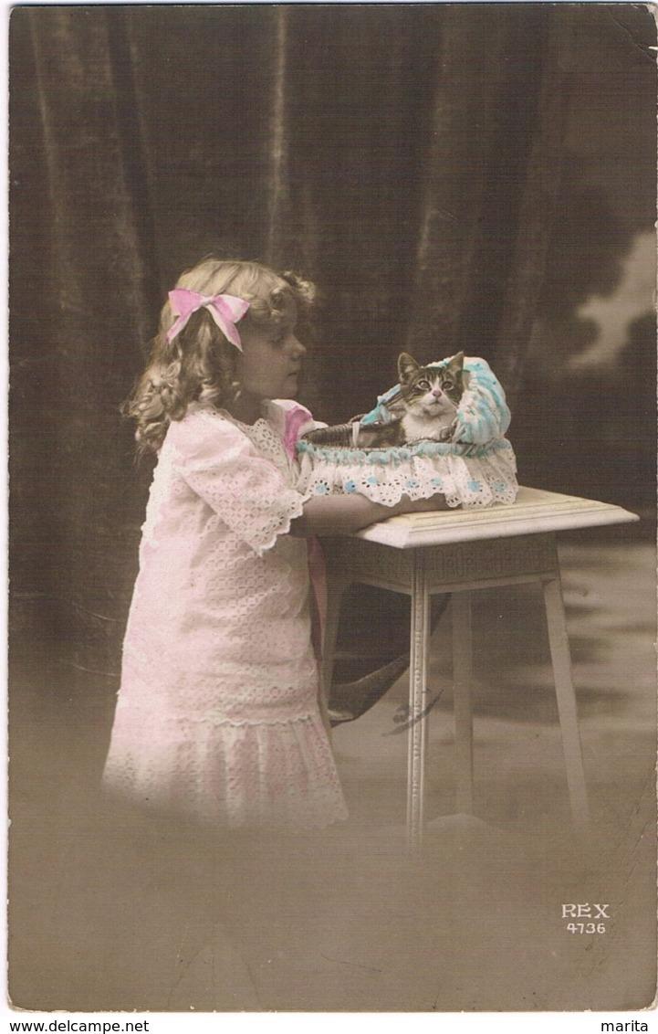 Chat Fillette  -girl Cat -katze Mädchen - Meisje,  Poes - Katten