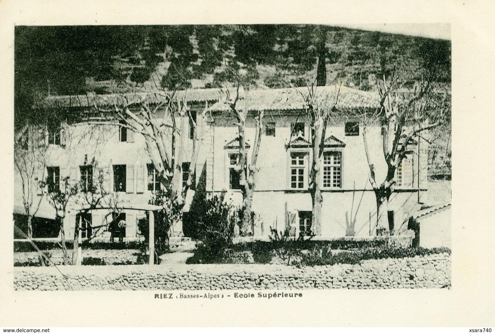 Riez école Supérieure - Autres Communes