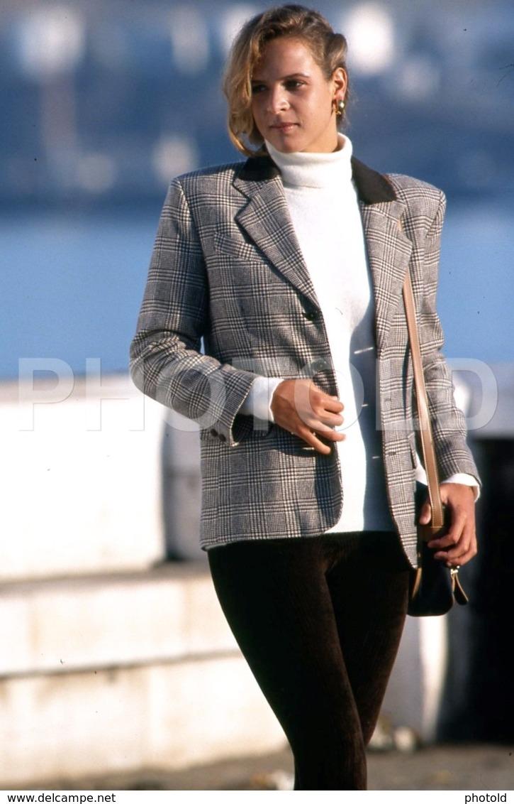 C 1990 SEXY FEMME GIRL MODEL FASHION MODELO MODA LISBOA PORTUGAL 35mm DIAPOSITIVE SLIDE NO PHOTO FOTO B4911 - Dias