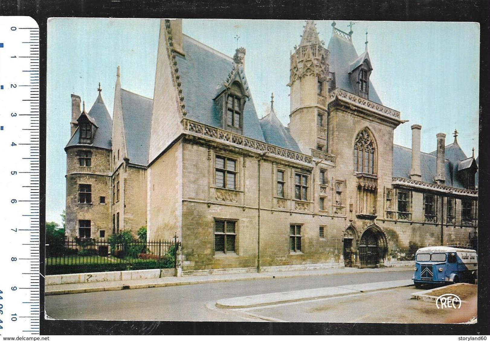 Cpm 1820449 Bourges Le Palais Jacques Coeur , Citroen Hy , Nouvelles Galeries ? - Bourges