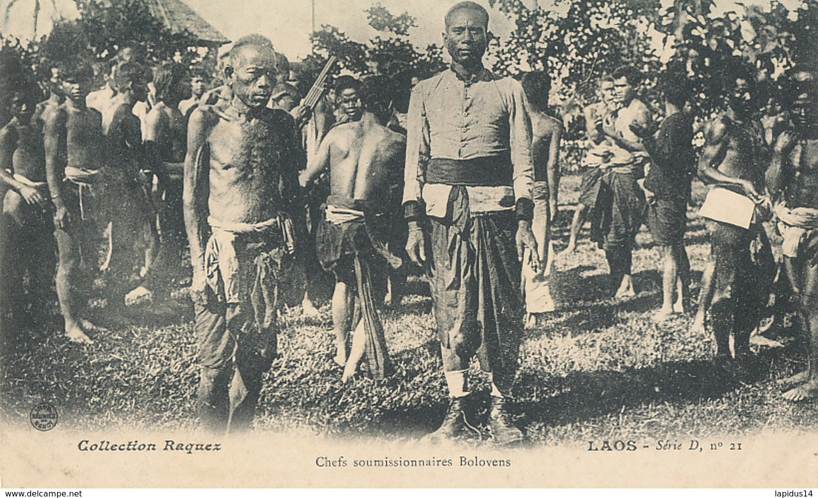 A P 453-  C P A -   LAOS -   CHEFS SOUMISSIONNAIRES BOLOVENS - Laos