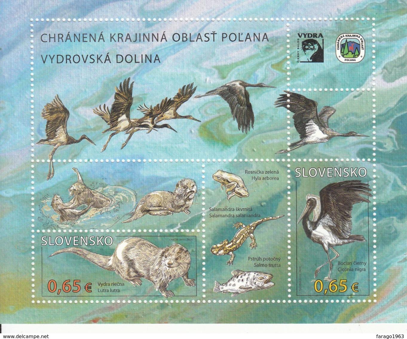 2015 Slovakia Nature Protection Birds Otters  Miniature Sheet   MNH  @ BELOW FACE VALUE - Blocks & Kleinbögen