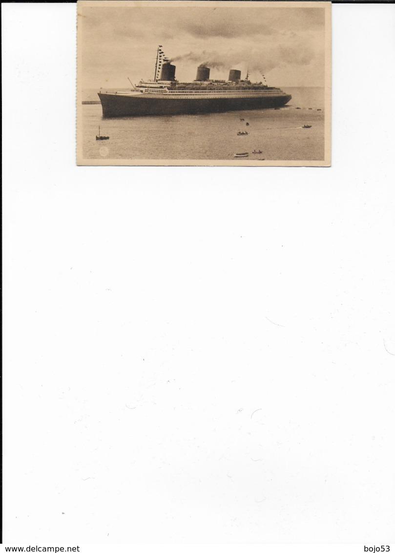 """76   - 29  LE HAVRE  Le """"Normandie"""" Rentrant Au Port - Port"""